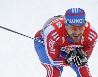 Россиянин Алексей Петухов выиграл лыжный спринт на этапе Кубка мира