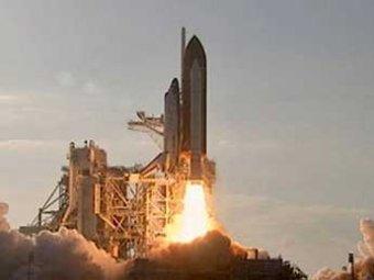 При запуске Discovery от шаттла «что-то отвалилось»