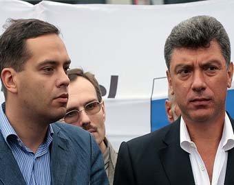 """Миллиардер Тимченко засудил Немцова, обидевшего его словами о """"дружбе с Путиным"""""""