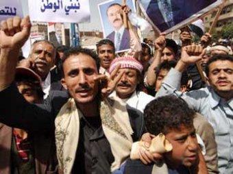 Алжирских протестантов по Интернету готовят их «коллеги» из Египта