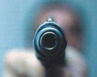 В московском кафе мужчина расстрелял двоих из травматики