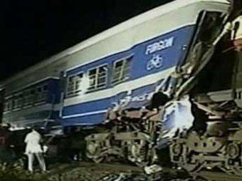 В Аргентине поезд столкнулся с электричкой: десятки пострадавших