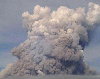На Филиппинах начал извергаться вулкан Булусан