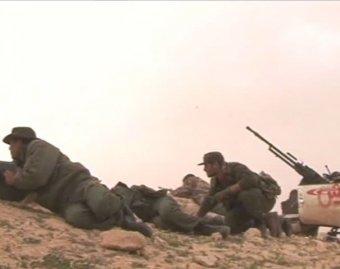 Армия Каддафи отбила два крупных города у повстанцев