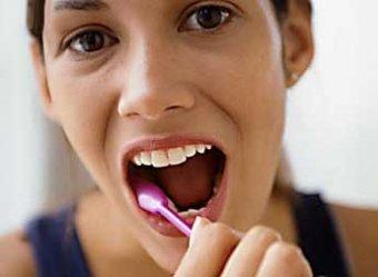 Ученые доказали, что зубные пасты не спасают от кариеса