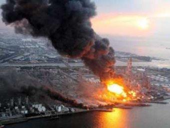 Над «Фукусимой» поднялся столб черного дыма