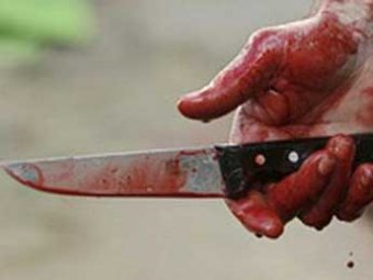 Сахалинец купил нож и зарезал себя в магазине