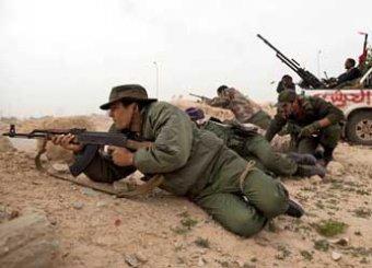 СМИ: Франция настаивает на бомбардировке Ливии