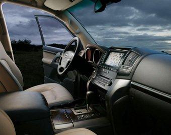 Названы самые популярные автомобили российских чиновников