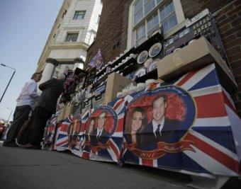 """Великобритания и весь мир готовятся к """"свадьбе века"""""""