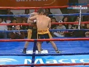 """Аргентинский боксер повторил """"подвиг"""" Тайсона, укусив соперника за ухо"""