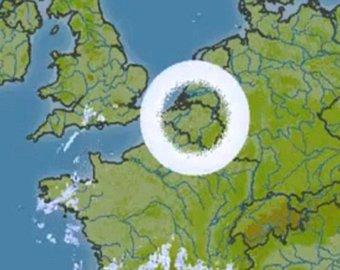 Над Европой и Австралией зависли огромные облачные кольца