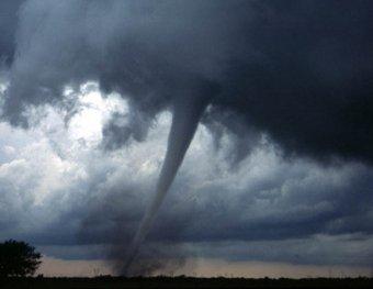 На США за три дня обрушились 240 торнадо: 45 погибших