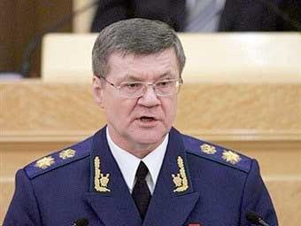 На место Генерального прокурора Юрия Чайки прочат однокурсника Дмитрия Медведева