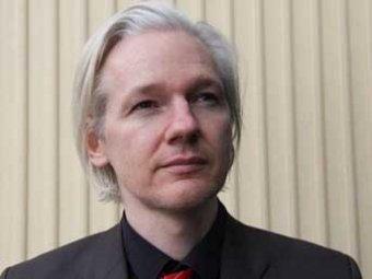 Основатель Wikileaks назвал Facebook «величайшей машиной для шпионажа»