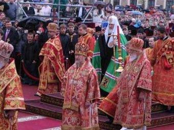 Редактор «Фотолетописи Украинской православной церкви» призналась, что дорисовала прихожан для массовости
