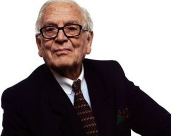 Пьер Карден продает свой бизнес за миллиард евро