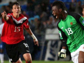 На юношеском ЧМ по футболу канадский вратарь вырвал ничью у англичан ударом от своих ворот