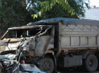 В Саратове КамАЗ протаранил автобус: 4 погибших, 24 раненых