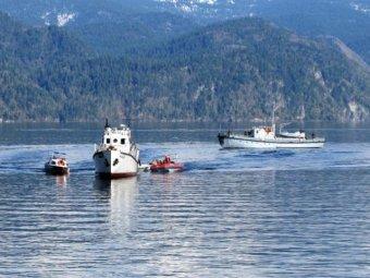 Еще одна трагедия на воде: на Алтае перевернулся катер. Четверо погибших