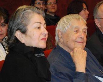 Любимов уволил жену из Театра на Таганке