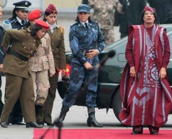 СМИ: Бывшие телохранительницы обвинили Каддафи в изнасиловании