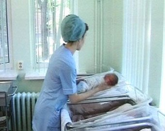 Новорожденную девочку обнаружили в кустах у вокзала в Серпухове
