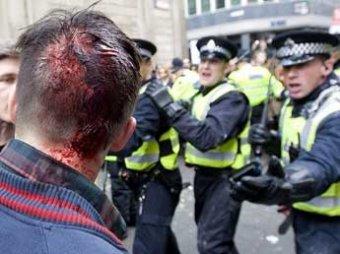 СМИ: одичавшие подростки начали войну в Лондоне, Ливерпуле и Бирмингеме