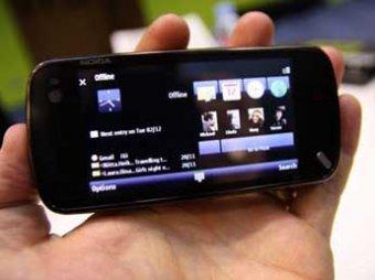Новый троян для смартфонов записывает телефонные переговоры