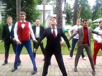 """Первый канал все же выдал в эфир номер с """"танцами Медведева"""""""