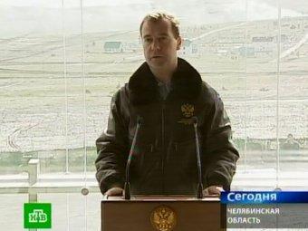 На встрече с военными Медведев рассказал о причинах конфликта с Кудриным