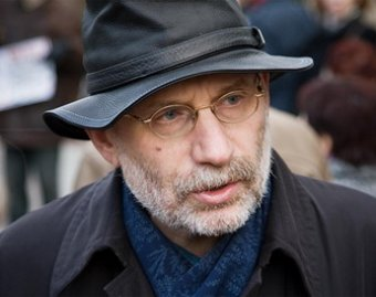В романе Бориса Акунина усмотрели признаки экстремизма