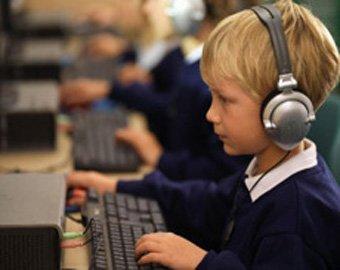 Московским школьникам могут закрыть доступ в социальные сети