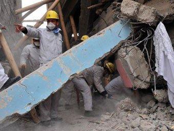 Обнародовано видео начала землетрясения в Турции, унесшего жизни 366 человек