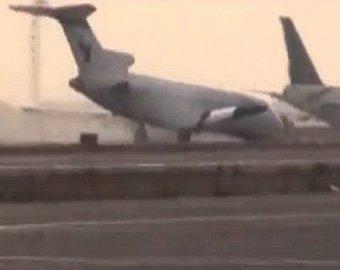 Пилот спас 113 человек, посадив Boeing-727 без переднего шасси