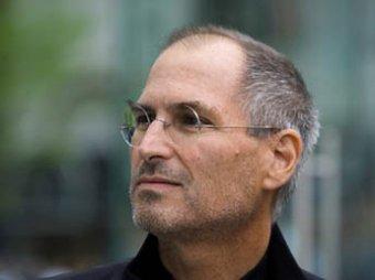 Стив Джобс посмертно признан самым влиятельным мужчиной года