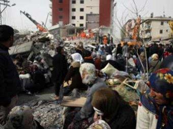 Спустя 108 часов после землетрясения в Турции откопали живым 13-летнего мальчика