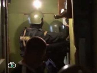 В Москве мужчина убил жену и застрелился перед началом штурма квартиры спецназом