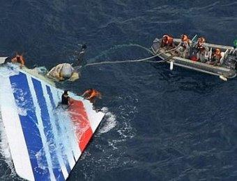 Пилоты упавшего в океан Аirbus А-330 были в панике: обнародованы их переговоры