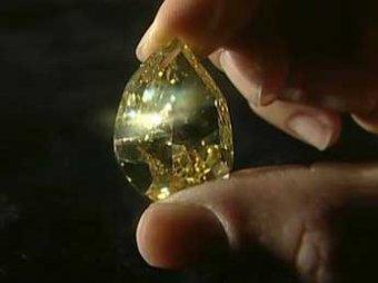 Самый крупный в мире желтый бриллиант ушел с молотка в Женеве за ,4 млн