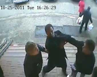 В Московской области пешехода избили за переход дороги
