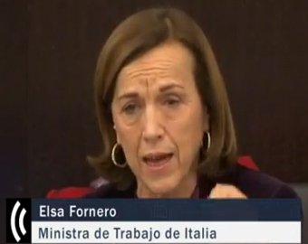 Министр благосостояния Италии расплакалась при оглашении антикризисных мер