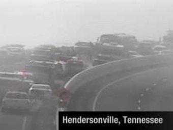 На трассе в американском Теннеси столкнулись 176 автомобилей