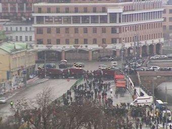 На Болотной площади начинается митинг против нечестных выборов