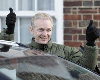 WikiLeaks уличил компании российские компании в слежении за обладателями сотовых телефонов