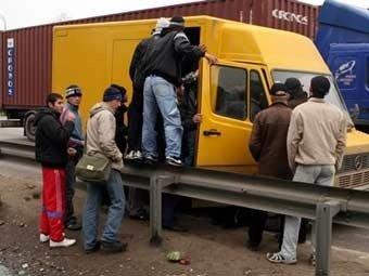 Путин предложил закрыть нелегальным мигрантам въезд в Россию на 10 лет
