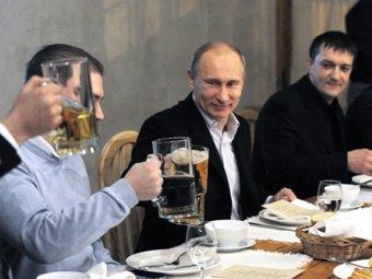 В Питере кортеж Путина автомобилисты встретили оглушительными гудками