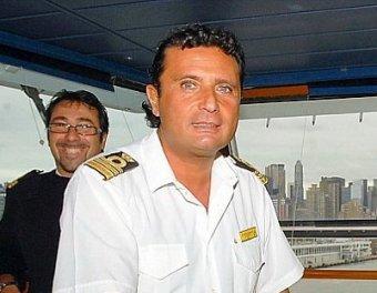 В момент крушения капитан Costa Concordia развлекался с женщинами