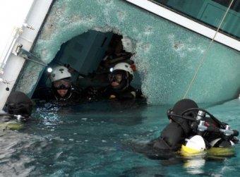Водолазы нашли в каюте капитана Costa Concordia важные улики