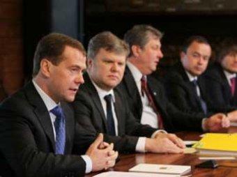 Дмитрий Медведев заявил, что хочет обратно в президенты
